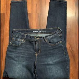 Old Navy size 6 short jeans slightly distressed